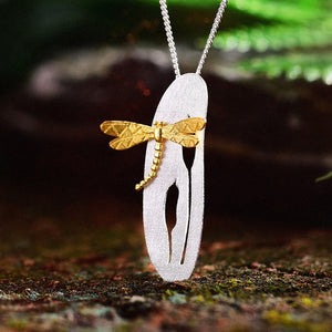 Dragonfly on The Leaf Pendant - LUSTROUSOLOGY
