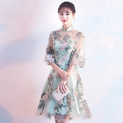 Green Lace Traditional Evening Dress