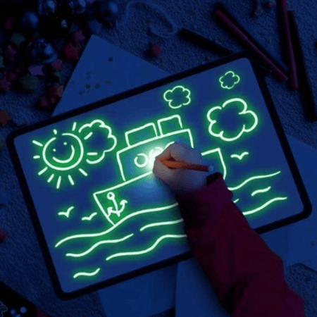 AvenueDuBuzz tableau dessin luminescent MagicDraw™ : Tablette Interactive Fluorescente
