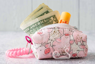 """Katie Piglet"" Cash & Carry Micro Bag"