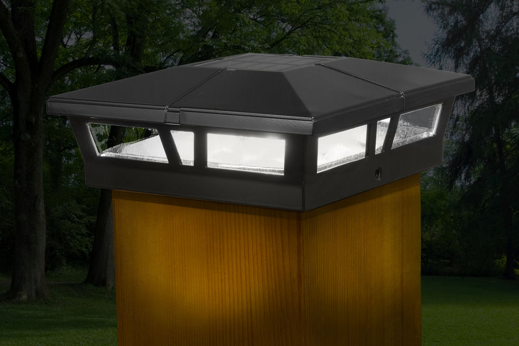 BLACK ALUMINUM CAMBRIDGE SOLAR POST CAP