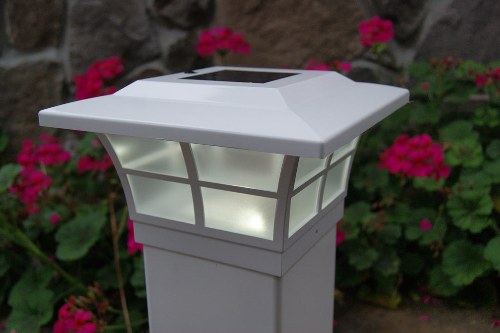 WHITE PVC PRESTIGE SOLAR POST CAP