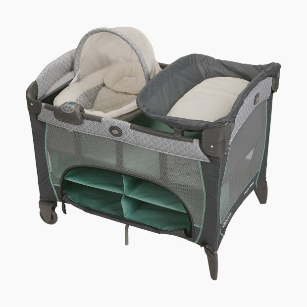 Graco Pack ' n Play Newborn Napper DLX Playard