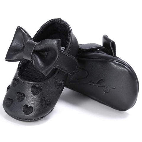Handmade Soft Bottom Bowknot Baby Shoes Newborn Babies Shoes PU leather Heart Pattern Prewalkers Autumn Spring