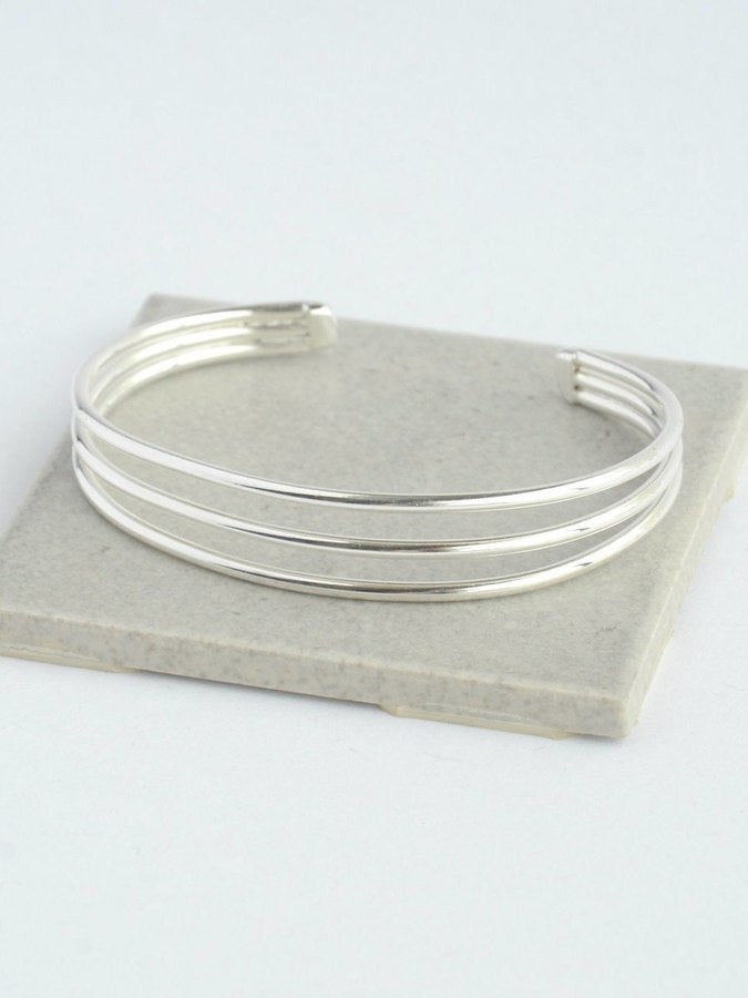 Simple Lines Cuff - Small Things Fair Trade