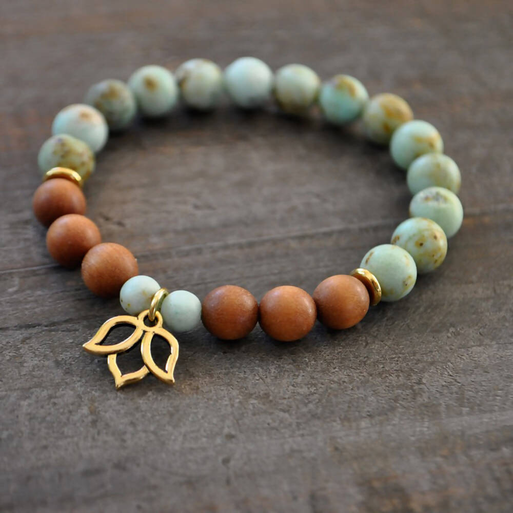 Bracelet d'intention | Pierres turquoises de Mongolie & bois de santal