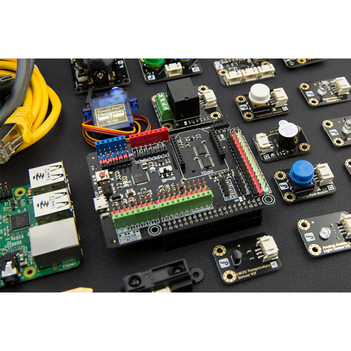 Advanced Kit for Raspberry Pi 2 (Windows 10 IoT Compatible)