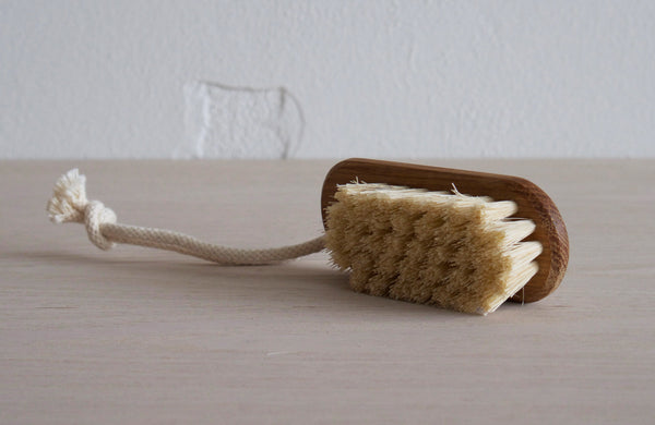 Nail Brush With String