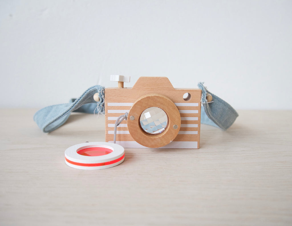 Wooden Toy Kaleidoscope Camera with Color Lens