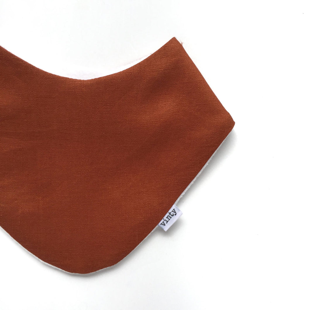 Vinty Dribble Bib - Lovely Linen: Rust