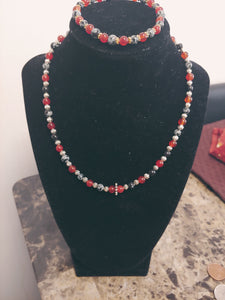 Women Hand Design Beaded Necklace Set
