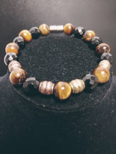 Load image into Gallery viewer, Men Tigers Eyes Handcrafted Bracelet