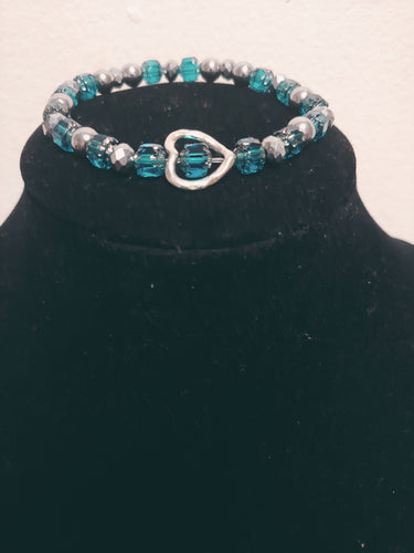 Faceted Glass Bracelet w/ A Heart