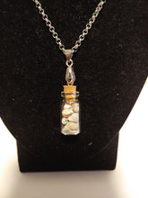 Load image into Gallery viewer, Stainless Steel Beach Seashell Necklace