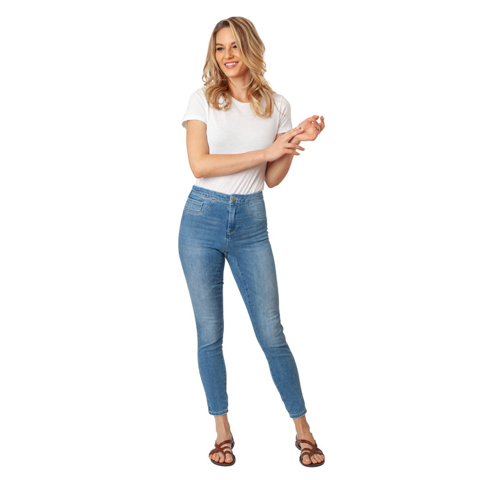 Light Wash Blue Ankle Length Jeans Basic Signature Style - Ceniajeans