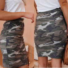 Load image into Gallery viewer, Camo skirt