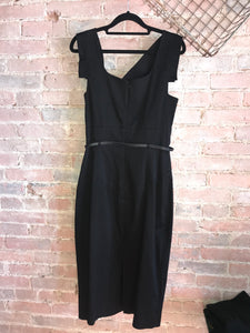 Black Halo Classic Jackie O Dress