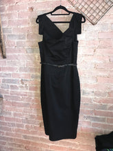 Load image into Gallery viewer, Black Halo Classic Jackie O Dress