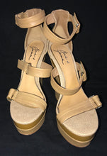 Load image into Gallery viewer, Badgley Mischka Wedges