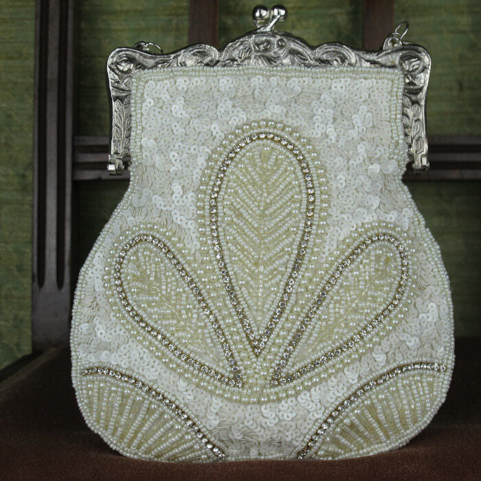 Art-Deco Designed Purse in Cream