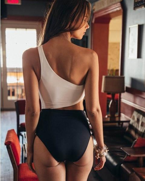 Swimsuit one shoulder
