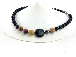 Glossy Agate Necklace