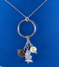 Load image into Gallery viewer, Sterling Silver Robin Pearl Stone Necklace