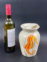 Load image into Gallery viewer, Seahorse Vase