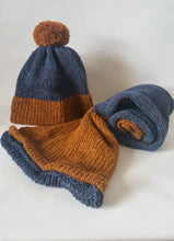 Load image into Gallery viewer, Kids Hat & Scarf Set