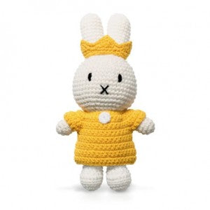 Miffy Handmade with her Yellow Queen Set