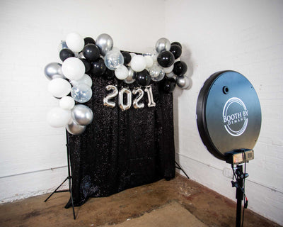Silver 2021 Balloon Garland Backdrop