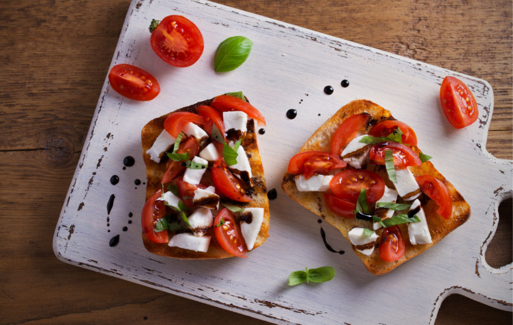 Tomato and mozzarella bruschetta with CBD oil