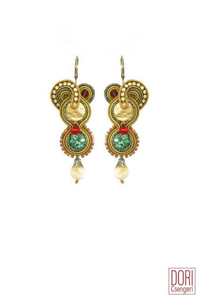 Elizabeth Chic Earrings