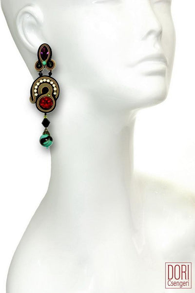 En Vogue Must Have Earrings
