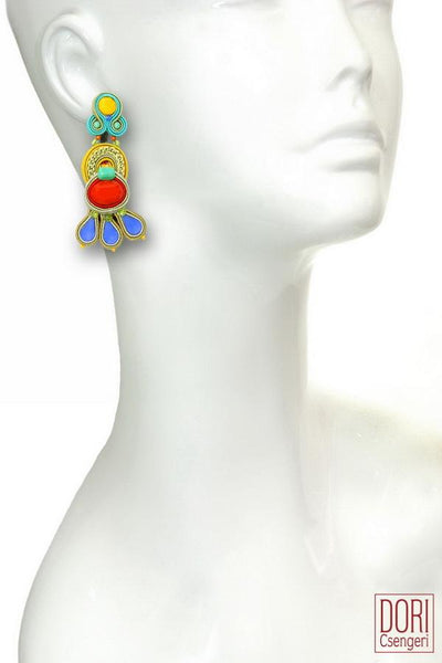 Wonderlust Must Have Earrings