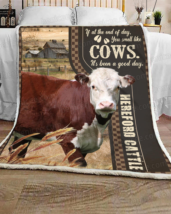 Blanket - Farm - Hereford cattle - Smell like cows - Benicee
