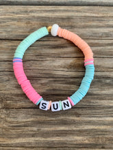 Load image into Gallery viewer, Pastel letter bracelet