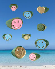 Laden Sie das Bild in den Galerie-Viewer, Smiley necklace
