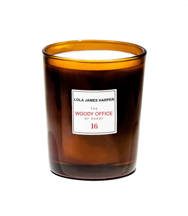 LOLA JAMES HARPER - 16 The Woody Office of Daddy - 190G CANDLE
