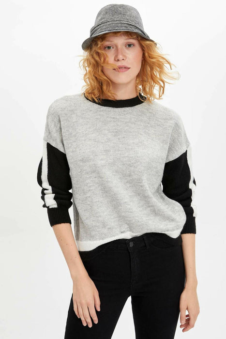 Patchwork O-neck Leisure Long Sleeve Women Pullover