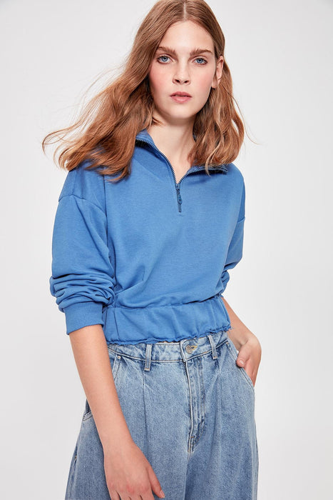 Blue Detailed Crop Knitted Sweatshirt
