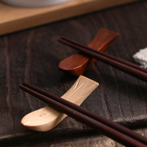 4Pcs/Set Zakka Style Japanese Wooden Fish Shape Chopsticks Holder