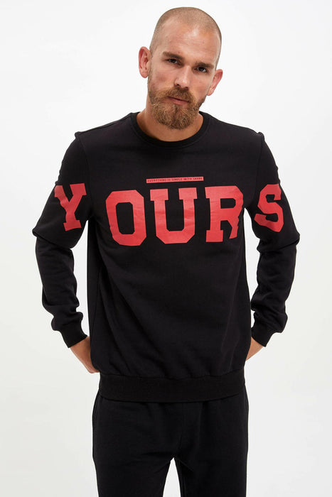 Man Fashionable Crew neck Lettered Pattern Pullovers