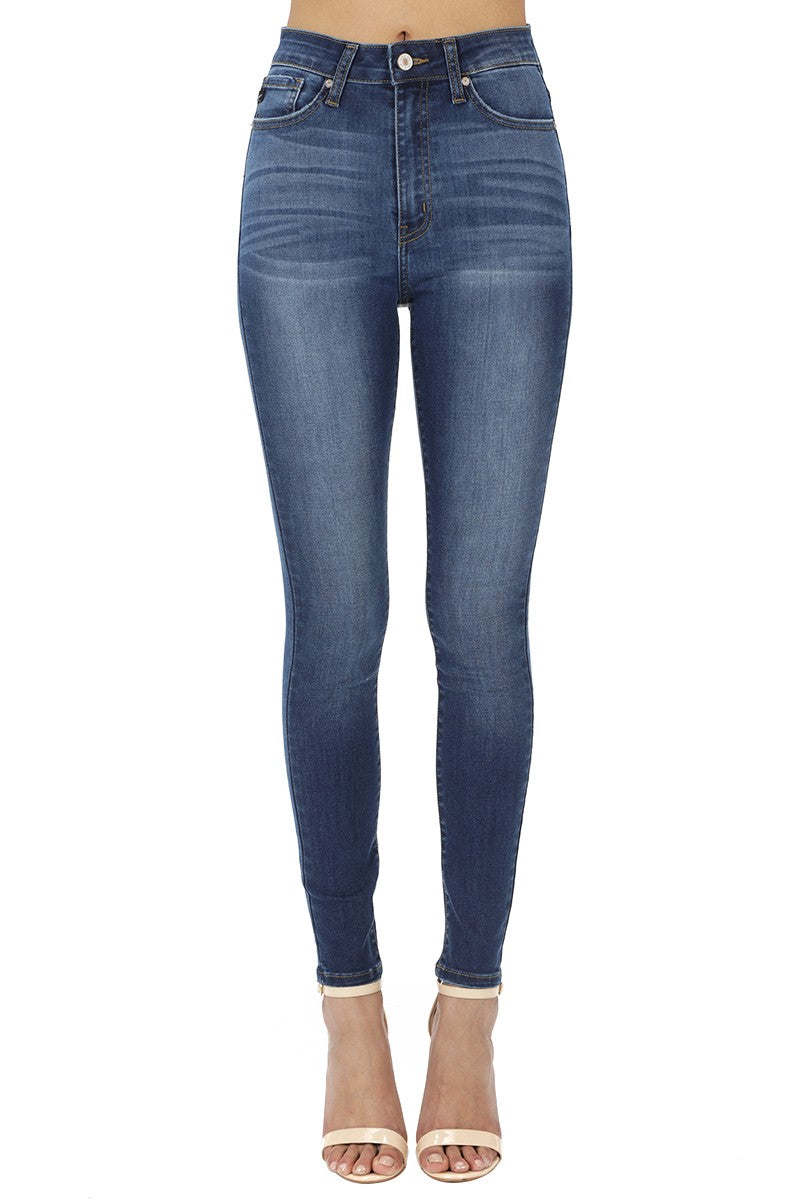Diane Medium Wash Skinny - Smith & Vena Online Boutique
