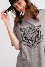 Load image into Gallery viewer, Eye Of The Tiger Tee - Smith & Vena Online Boutique