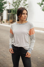 Load image into Gallery viewer, Lulu Contrast Long Sleeve Top In Heather Gray