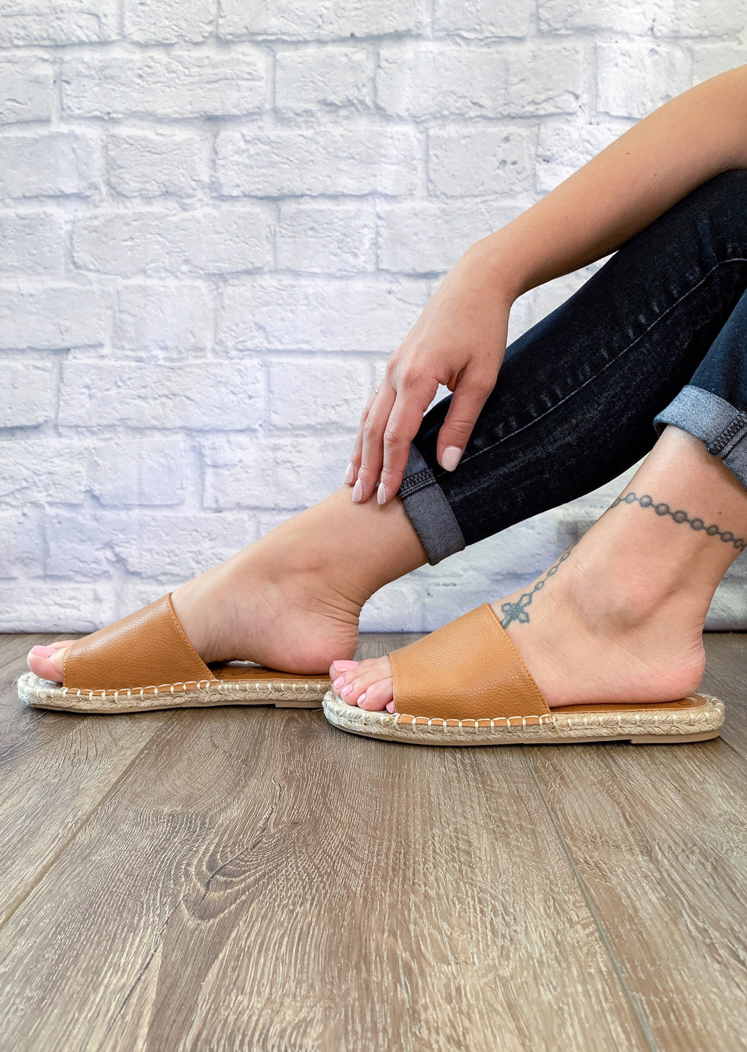 Vacation Slip On - Tan - Smith & Vena Online Boutique