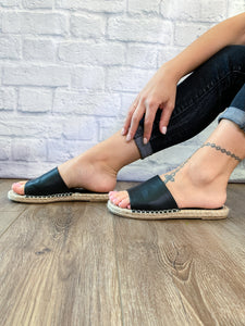 Vacation Slip On - Black- FINAL SALE NO BOX