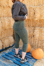 Load image into Gallery viewer, Mineral Wash Pants in Hunter Green - Smith & Vena Online Boutique