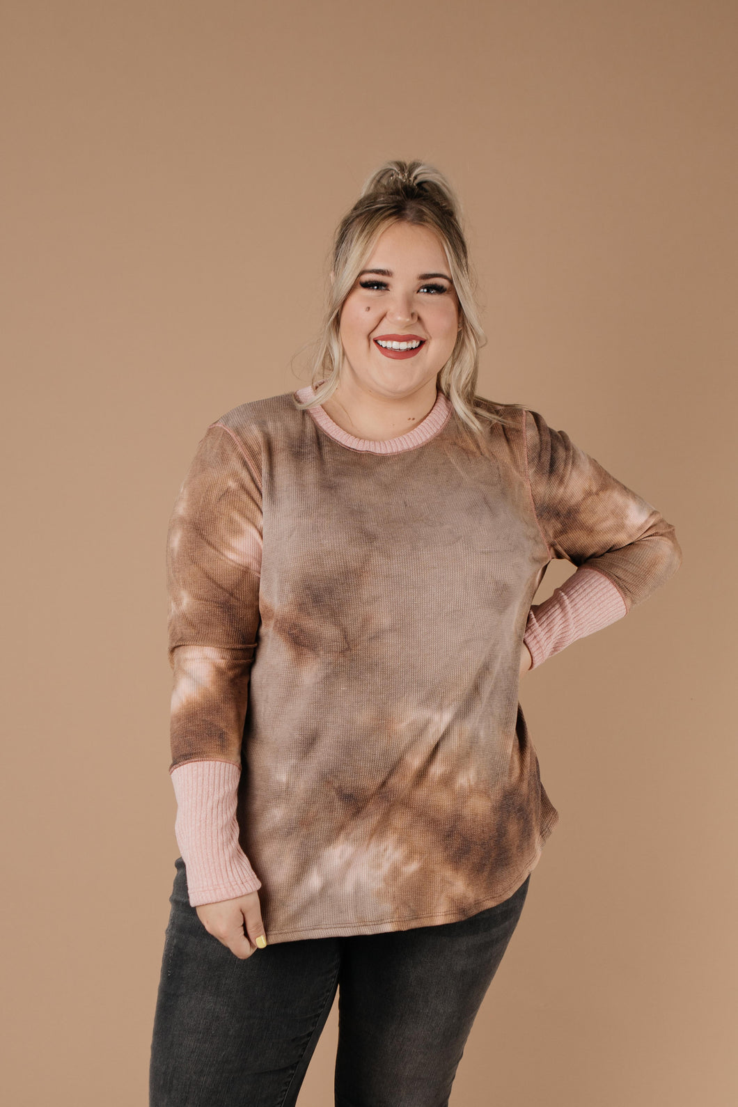 New Neutrals Tie Dye Top - Smith & Vena Online Boutique